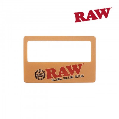 RAW MAGNIFZING CARD